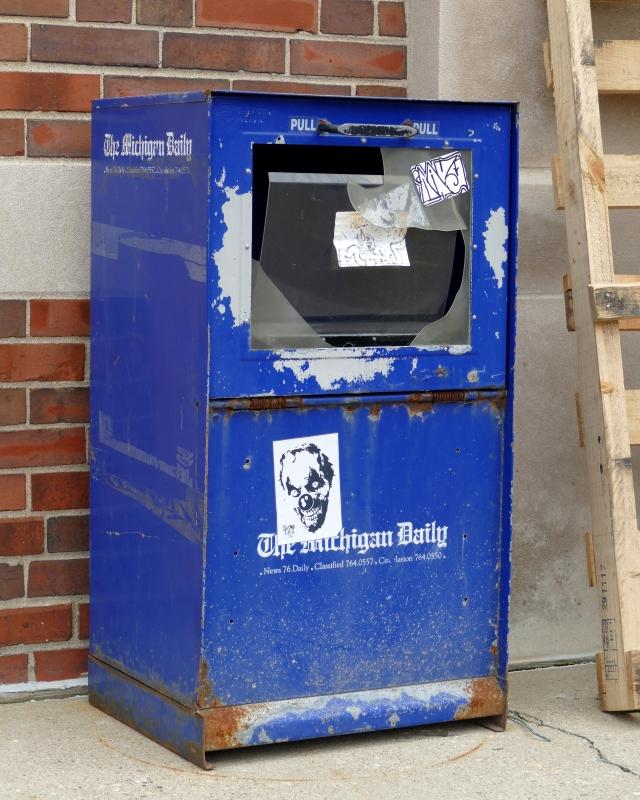 old michigan daily newspaper box